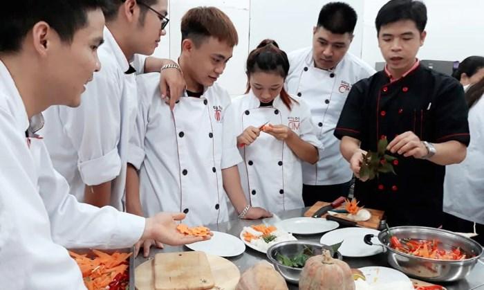 Tại sao nên chọn nghề Nấu ăn - Dễ học - Học Trung cấp