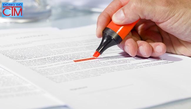 7 kỹ năng giúp học luật hiệu quả - đánh dấu các ý quang trọng - Học Trung cấp Luật