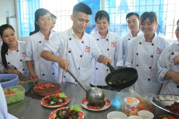 lớp học chứng chỉ nấu ăn trường trung cấp đông đô