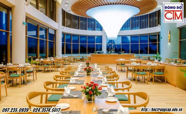 ngành quản lý nhà hàng khách sạn học ở đâu tốt nhất môi trường làm việc sang trọng trường Trung cấp Công nghệ và Quản trị Đông Đô