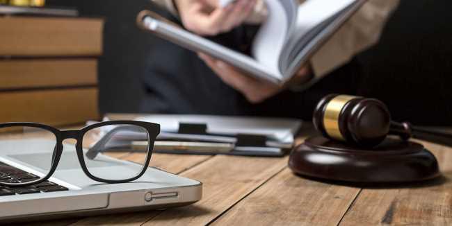 7 lợi ích khi học luật có thể bạn không ngờ tới ảnh 4 trường Trung cấp Công nghệ và Quản trị Đông Đô